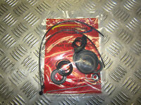 HOLDEN COMMODORE VT SERIES 2 VX VU VY VZ  POWER STEERING RACK SEAL KIT GRP:33510