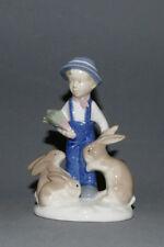 Porzellanfigur, Gräfenthal, Junge mit Hasen, 14,0 cm