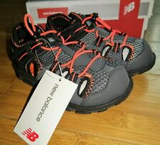 NEW BALANCE Toddler Little Boys Adirondack Sandals Bungee Outdoor Hiking 10 Wide