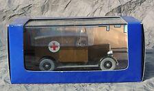 Voiture TINTIN Atlas réf. 051. L'ambulance de Chicago de Tintin en Amérique