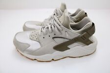 NIKE WOMEN'S AIR HUARACHE RUN PRM SUEDE GAMMA GREY PHANTOM 833145 001 Size  9