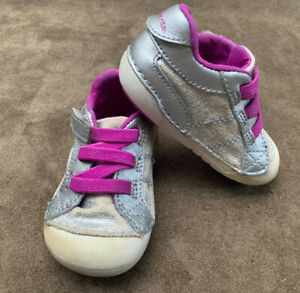 Stride Rite Toddler Silver Little Girls Size 4.5 M Sneakers