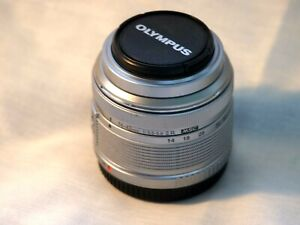 Olympus M.Zuiko 14-42mm f/3.5-5.6 II R Lens For Four Thirds (Black)
