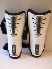 Boys And Girls Med-Large Soccer Shin Pads MacGregor Black And White