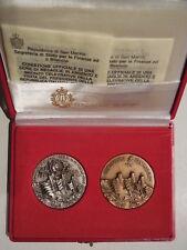 2 medaglie visita del presidente Cossiga San Marino 1990 inc Arnaldo Pomodoro