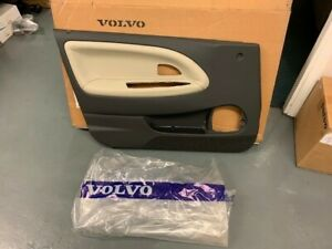 VOLVO NEW AND GENUINE LEFT HAND DOOR PANEL     S40,V40  (-04)         30619842