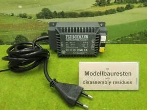 Fleischmann 6811 H0 Digital Control Trafo  (YE) E0797