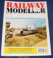 RAILWAY MODELLER VOLUME 49 NUMBER 569 MARCH 1998 - CARLINGCOTT