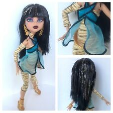 Monster High Original First Wave One 1 Cleo de Nile Doll W/ Clothes, Belt, Etc