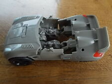 Vintage Transformers Vehicle Car Vehicle Roof Section is missing Jazz Soltice ?