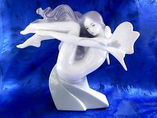 WATER FAIRY FEMALE MYSTICAL PORCELAIN FIGURINE NAO BY LLADRO   #1637