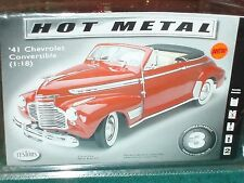 TESTORS 1941 CHEVY CONVERTIBLE  ASSEMBLY KIT 1/18 SKILL LEVEL 3 SEALED
