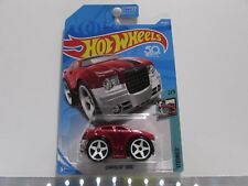 Chrysler 300 C Hot Wheels 1:64 Scale Diecast Car *UNOPENED*