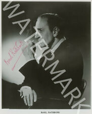 BASIL RATHBONE SIGNED 10X8 PHOTO, GREAT STUDIO SHOT IMAGE, LOOKS AWESOME FRAMED