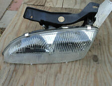 1995-1999 Chevy Cavalier >< Headlight Assembly >< Left Side