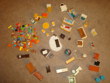VINTAGE FISHER PRICE LOVING FAMILY FIGURES ACCESSORIES DOLLHOUSE FURNITURE LOT