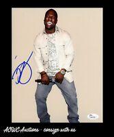 Autographed Photo - Kevin Hart - Jumanji / Ride Along - JSA Certified