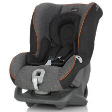 Ein Autositz dass wächst mit Ihrem Kind First Class Plus schwarz Marmor Britax Römer