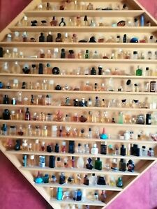 Parfüm Miniaturen Sammlung ca. 300 Stück inkl. Setzkasten ( Schreiner-Arbeit)