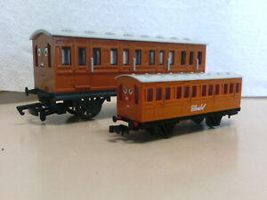Bachmann Trains Thomas and Friends Clarabel Passenger Car Coach N Scale 76095