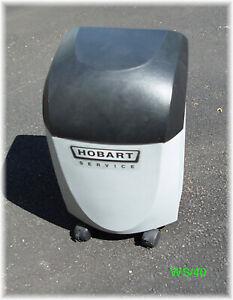Customer Return Hobart Services Water Softener System WS-40 With Salt Alarm.