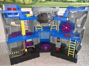 Fisher Price Imaginext DC Superfriends Batcave Batman Robin COMPLETE SET 2007