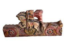 bout de poutre oriental sculpté polychromie