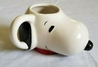 16 oz Peanuts SNOOPY 3-D Sculpted Ceramic Coffee Tea Mug Cup 2015 EUC
