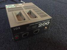 IDX i200 NP1 Cargador rápido/descargador