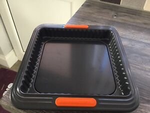 Le Creuset 941031390 Toughened Non-Stick Square Fluted Tart Tin Forged new