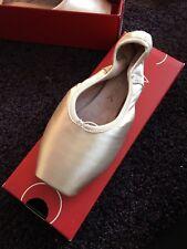 Capezio Airess Pointe Shoes