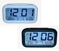 Réveil numérique radio-pilotée Horloge de table nuit alarme