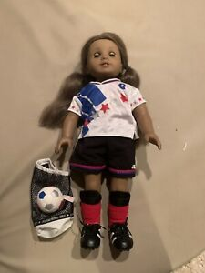 American Girl Doll Kanani Girl Of Year 2011 With Team USA OlympIcs Soccer Outfit