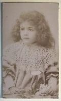 Kleines Mädchen Fotografie Numa Weiß Carte de visite Vintage PL34L5P7