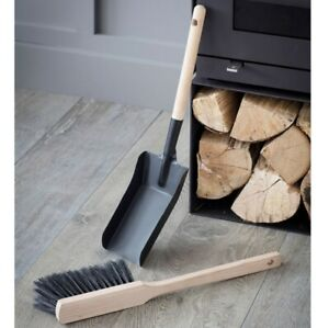 Garden Trading Jutland Fireside Dustpan and Brush, Steel, Matt Black,