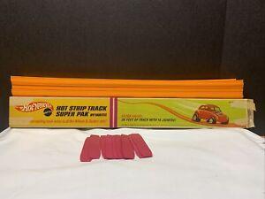 VINTAGE HOT WHEELS-HOT STRIP TRACK SUPER PAK  in  BOX