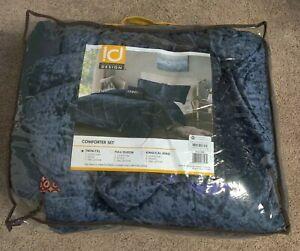 Intelligent Design Twin Velvet Comforter Set With Navy Finish Never Used