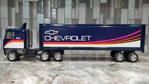 Ertl Chevrolet Creative Services 18 Wheeler Semi Tractor & Trailer