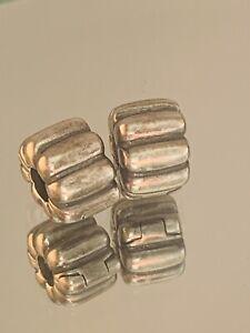Genuine Pandora Charm Clips - 2 x Silver Ribbed Clip  790163   #7/4