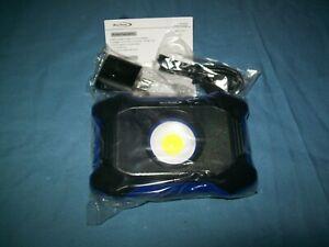NEW Blue-Point® ECFD0102 900 Lumen Mini Flood Light Compact design Magnetic Base