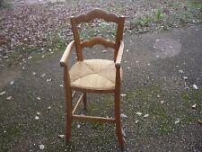 Chaise haute paillée pour enfant