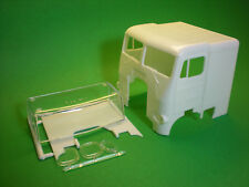 White Freightliner 1/25 cab sleeper glass windshield big rig Semi Truck model