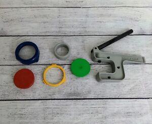 Badge-a-minit hand press