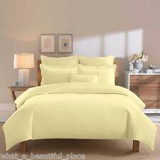 5-Pc Linear Full-Queen Duvet Set & Pillows Matelassé 100% Cotton Solid Yellow
