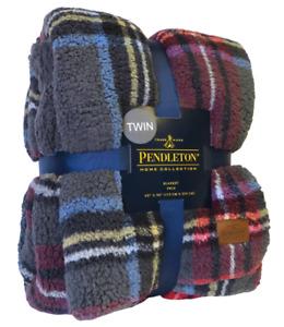 New NWT Pendleton Sherpa Fleece Gray Blue Red Plaid Stewart Blanket Twin RARE