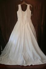 r- WEDDING GOWN SZ 12 GORGEOUS WITH TRAIN LONG WAIST SEE MEASUREMENTS USED 1X