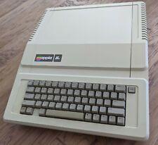 Apple IIe Enhanced A2S2064 *CLEAN, WORKS GREAT!