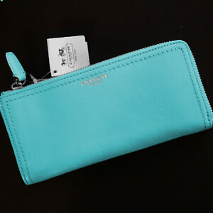 NWT COACH Legacy Leather Robin Blue Accordion Zip around WALLET $158 NEW