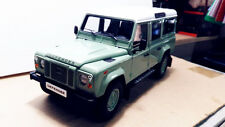 1/18 Century Dragon Land Rover Defender 110 DieCast Model Green