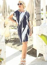 Versatile Contemporay Shift Dress with Split Batwing Sleeves Size 10-12 (big 10)